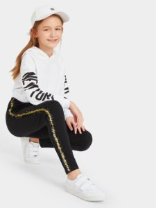 SheIn.com - один из ведущих магазинов модной одежды онлайн